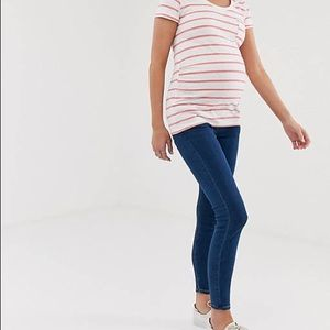 ASOS - Maternity high rise ridley 'skinny' jeans with under the bump waistband